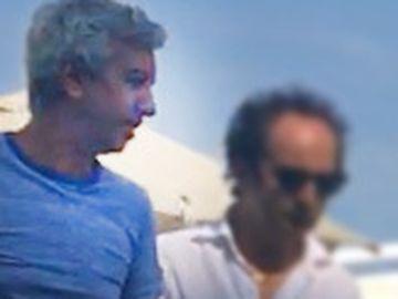 """Senzational Dan Diaconescu, la o plaja de lux, la Mamaia! Imagini rare cu seful OTV, """"lasat mut"""" de judecatori VIDEO EXCLUSIV"""