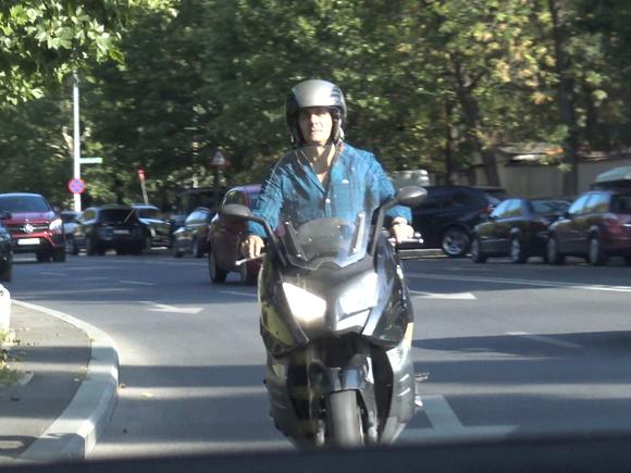 Marian Ionescu, atitudine rebela in trafic! A facut furori, prin oras, pe motor VIDEO EXCLUSIV