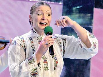 Cum arată, la 61 de ani, celebra Matilda Pascal-Cojocăriţa! Se vede că a fost Miss România Video