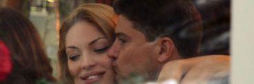 Petrecere surpriza din partea sotului! Valentina Pelinel l-a sufocat cu saruturi pe Boureanu la restaurant