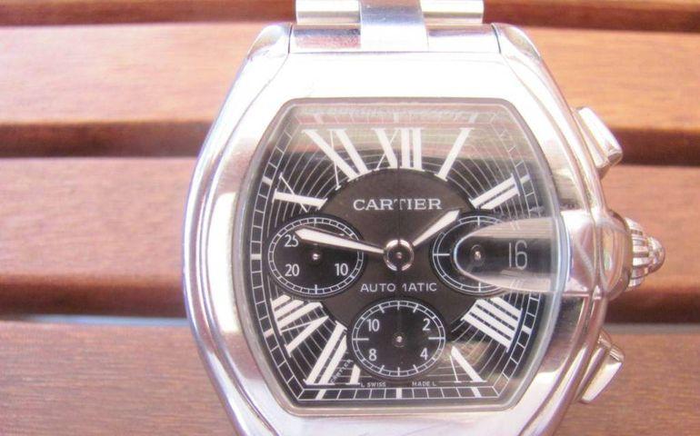EXCLUSIV! Banel Nicolita, pradat de hoti! I-au furat din casa din Saint Etienne ceasul de 4.000 de euro primit de la Gigi Becali! Politia crede ca infractorii ar putea fi tigani romani!