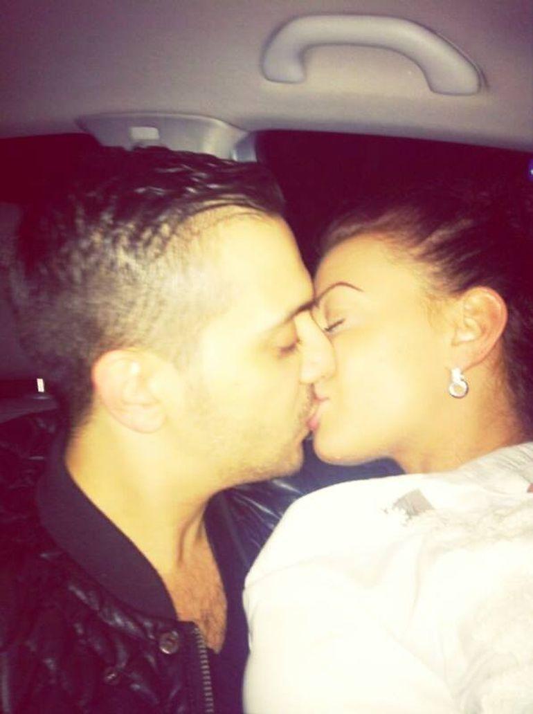 Love is in the air! Uite ce pasional se saruta Ana Mocanu cu iubitul ei manelist!