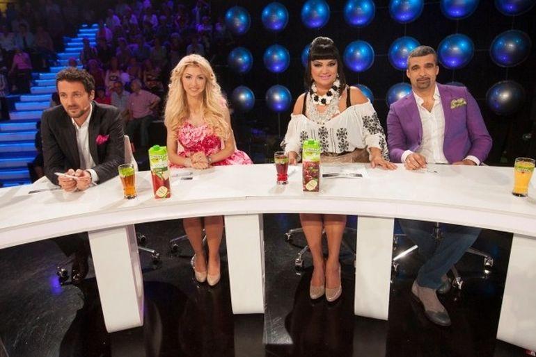Andreea Balan i-a umplut de nervi pe cei din Antena 1! Din cauza ei, filmarile la o emisiune au durat patru ore in plus! Vezi ce a facut blonda de i-a scos in halul asta din sarite pe producatori