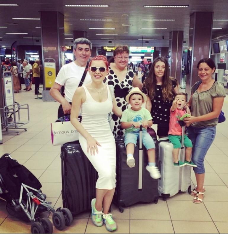Elena Gheorghe a dat cu piciorul la 10.000 de euro! A facut-o de dragul familiei!