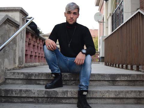 Catalin Cojocaru, elevul mort din cauza drogurilor, a mai fost la un pas de moarte! Are o poveste de viata teribila