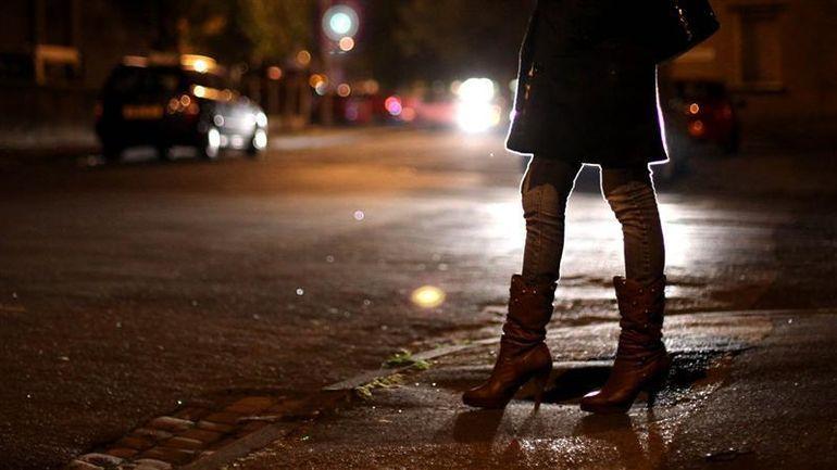 Beatrice, o prostituata din Iasi, a fost violata si batuta de un client! Ce a descoperit dupa ce individul a plecat din casa ei. Cosmarul abia atunci a inceput