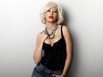 Christina Aguilera, goala dupa multa vreme! Cum arata la 37 de ani