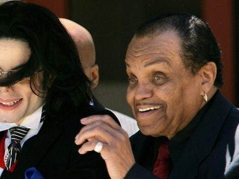 "Ipoteza socanta despre Michael Jackson: Megastarul a fost castrat de tatal lui! ""Sper ca Joe Jackson sa gaseasca mantuire in Iad"""