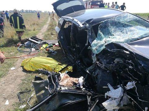 Peste patru victime, în urma unui accident rutier la iesirea de pe autostrada A1 spre Nadlac