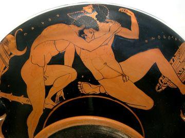 Obiceiuri sexuale şi libertinaj fără limite. Practicile din Antichitate care acum sunt blamate sau chiar interzise prin lege