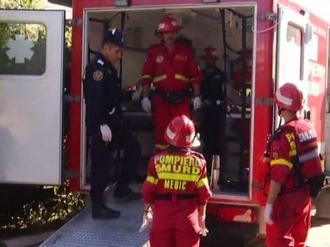 Un bărbat din Hunedoara a încercat să se sinucidă tăindu-şi gâtul şi înjunghiindu-se în burtă! Lăsase bilet de adio acasă