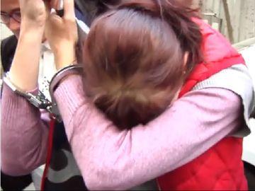 Femeia din Braila, bănuită că şi-a tranşat soţul, a fost eliberată din arest! Motivul incredibil pentru care judecătorii au luat această hotărâre