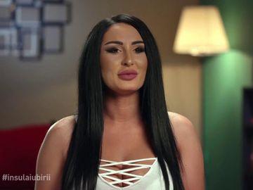 Ispita Dana, ipostaze sexy pe site-uri de videochat şi cu transexuali! Adevărul şocant ieşit la iveală! VEZI IMAGINILE AICI
