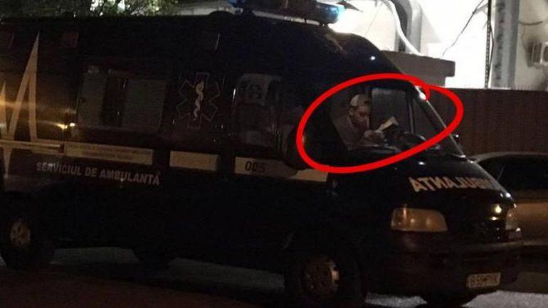 Psihoza ambulanţei care fură copii a lovit Italia! Oamenii sunt terorizaţi de poveştile cu românii care le iau copiii pentru organe