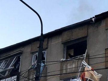 """Mesajul şocant publicat de bărbatul din Bistriţa care a vrut să-şi omoare iubita poliţistă, chiar înainte să se arunce de la etaj: """"Le urez tuturor..."""""""