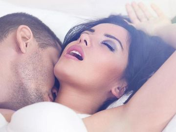 4 motive pentru care sexul de Anul Nou nu e ca in filme