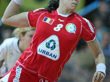 Incredibil! Ce salariu uriaş încasează handbalista Cristina Neagu