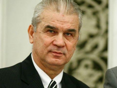 Anghel Iordănescu îşi închiriază hotelul din Predeal! Vezi câţi bani cere fostul antrenor al echipei naţionale!