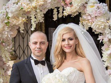 """Dan Badea a dezvăluit modul inedit prin care soția lui l-a anunțat că va fi tată! Mădălina e însărcinată în șapte luni: """"Ea a venit cu o cutiuță așa..."""""""