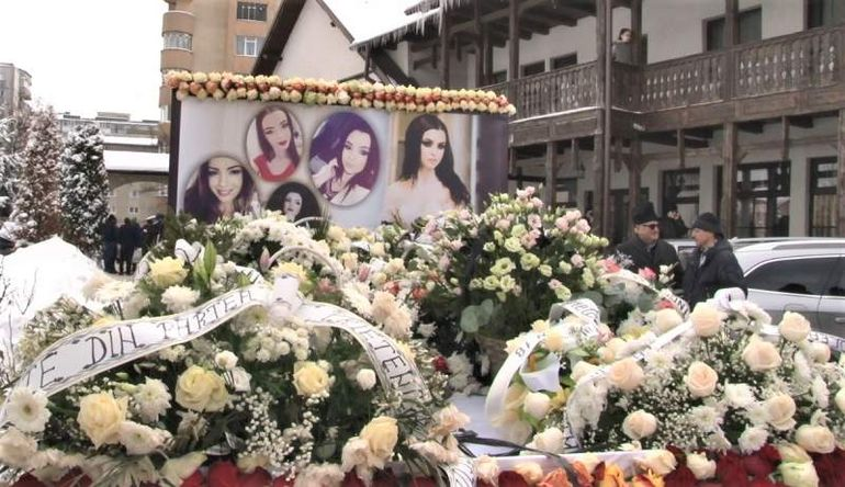 Gabriela Rîpan, condusă pe ultimul drum! Tânăra a fost înmormântată într-un sicriu alb