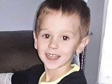 Mărturia incredibilă a băiețelului de trei ani care a supraviețuit în pădure! S-a împrietenit cu un urs!