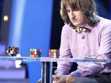 """Florin Salam și Gigi Becali, """"construiți"""" din 720 de cuburi Rubik! FOTO"""