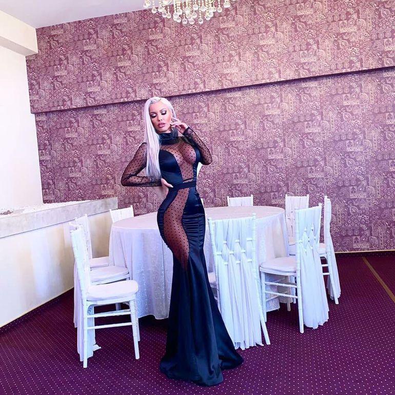 Loredana Chivu a filmat fără lenjerie intimă pentru clipul lui Mihăiță Piticu!  Imagini-bombă de la filmări
