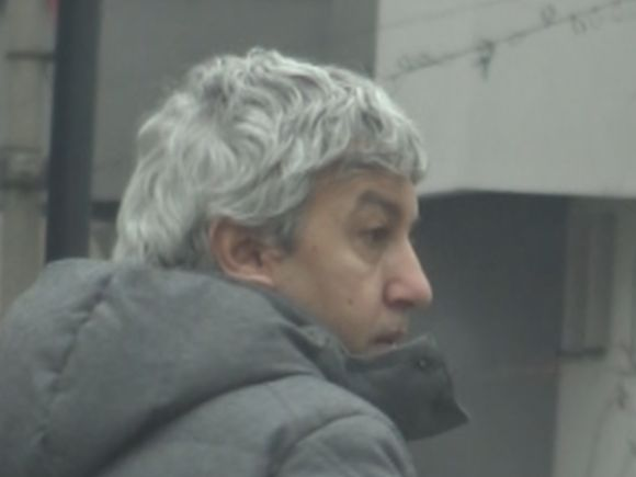 Dovada că Dan Diaconescu se fardează când merge la evenimente! Aventurile fostului șef OTV: dimineața s-a certat cu un prieten, seara a rămas blocat în lift VIDEO EXCLUSIV
