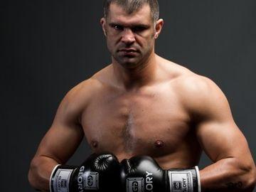 """Mircea Badea a avut probleme și cu Daniel Ghiță: """"Când mă vezi pe stradă, să mă ocolești""""! Cum vrea luptătorul să se răzbune acum pe vedetă?"""