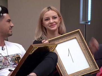 """Larisa de la """"Puterea Dragostei"""", muză de 10.000 de euro! Blondina valorează enorm"""