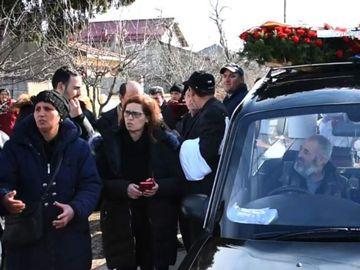 Ca la români, la nimeni! Un preot a lăsat mortul în portbagaj, după ce nu i-a convenit suma primită pentru înmormântare