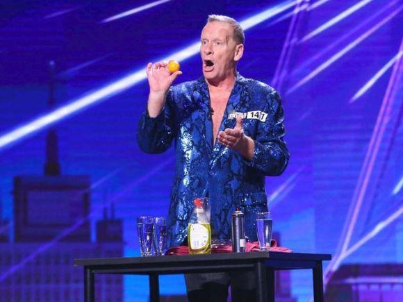 Scoțianul Stevie Starr care înghite lucruri, scandal imens cu Simon Cowell de la America's Got Talent
