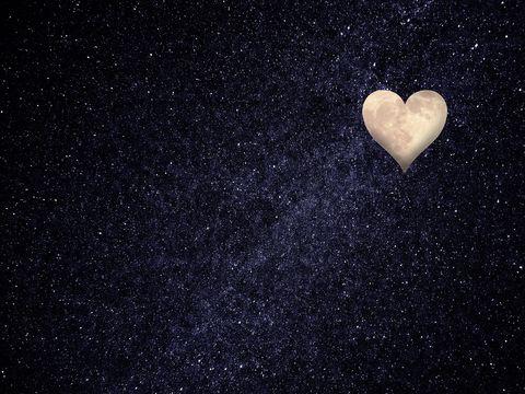 Horoscop SAPTAMANAL 11-17 februarie 2019. Cosmosul striga IUBIRE, tocmai cand razboinicul Marte intra in Taur 6 saptamani! Ce efect are asupra ta?
