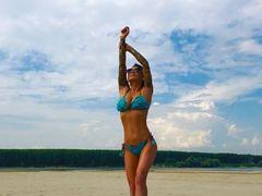 Secretul Roxanei Vancea! Cum se antrenează cea mai sexy Faimoasă pentru a avea fundul perfect Video