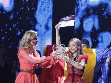Cine este Ester Peony, reprezentanta României la concursul Eurovision 2019! Care este numele ei adevărat
