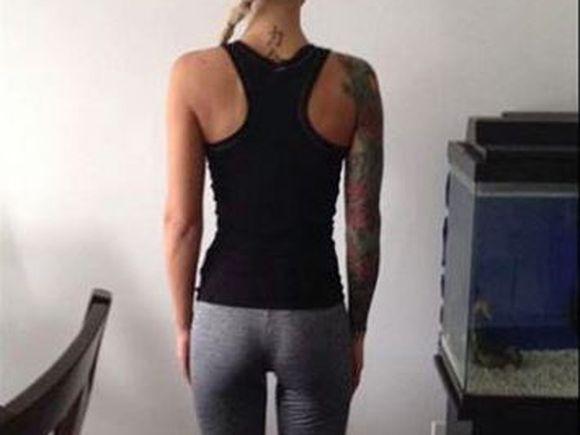 O tânără a fost obligată să părăsească sala de fitness din cauza maioului pe care îl purta! Cum arăta din față