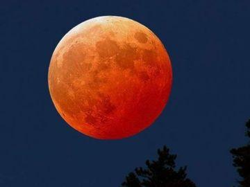 Horoscop eveniment: Cea mai mare Super Luna plina a anului – 19 februarie 2019. Care e adevaratul impact pe care il are asupra fiecarei zodii ?