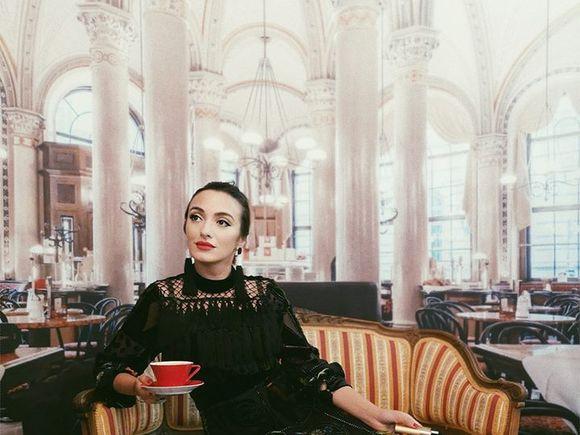 """Ana Morodan, """"contesa digitală"""", a fost în Asia cu Teleșpan, iar iubitul ei a așteptat-o acasă"""