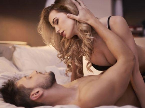 10 pozitii sexuale pe care trebuie sa le incerci neaparat