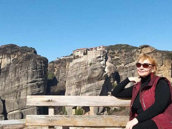 """Mihaela Tatu a dat de necaz în Grecia: """"Privind cu nedumerire în râul care mi-a înghițit telefonul!"""""""