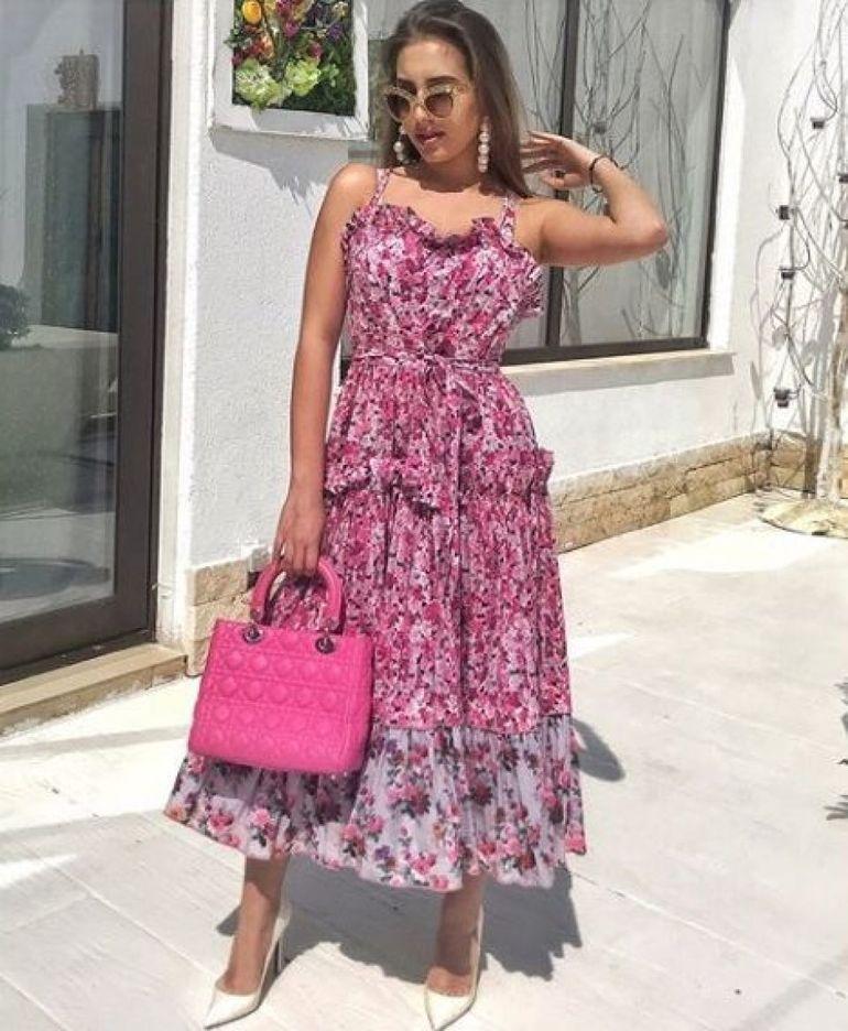 Fiica milionarului Nae Nicolae a strălucit la majoratul ei! Alexandra a purtat o rochie cu perle cu un decolteu de infarct! FOTO