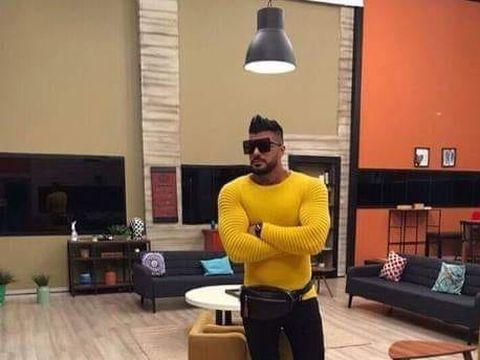 Hamude, primul mesaj după ce a intrat în casa de la Puterea Dragostei și au apărut imaginile cu el făcând videochat