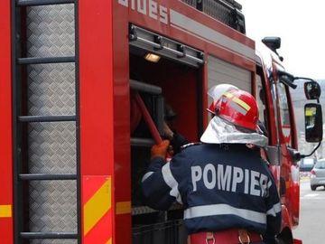 Incendiu provocat intenționat într-un bloc din Botoșani