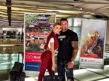 Ce şi-a cumpărat Alex Bodi după despărţirea de Bianca Drăguşanu! Afaceristul şi-a luat un superb armăsar negru! FOTO