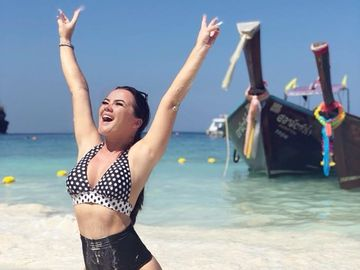 Cât a slăbit Carmen de la Sălciua și ce dietă ține cea mai sexy cântăreață de muzică populară! Dezvăluiri EXCLUSIVE