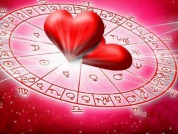 """Horoscop dragoste saptamana 18-24 martie 2019. """"Miscari de trupe"""" pe Cer. Ce-ti aduc in dormitor?"""
