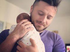 Tavi Clonda, fotografie emoționantă cu fetița cea mică! Soțul Gabrielei Cristea a dezvăluit numele complet al bebelușului