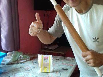 """Dramă pentru """"Micul Hercule""""! Tatăl lui Giuliano Stroe a ajuns să vândă brânză ca să facă rost de bani"""