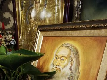 """Miracol la Iași! Ce se întâmplă cu icoanele Părintelui Iustin Pârvu """"Mă cutremur"""""""