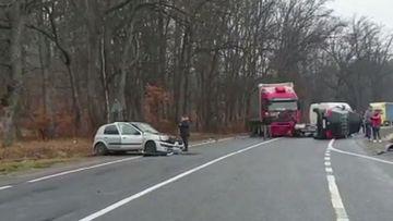 Accident grav în Brașov! 8 mașini au fost implicate! Traficul e blocat total